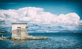 Vista da praia Pantan, Trogir, filtro análogo fotografia de stock royalty free