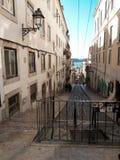 Vista da rua de Lisboa fotografia de stock royalty free