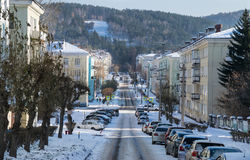 Vista da rua de Mayakovsky na cidade de Zheleznogorsk Fotos de Stock Royalty Free