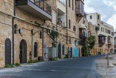 Vista da rua que enfrenta o porto velho de Jaffa em Israel foto de stock
