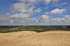 Vista da Rubjerg Knude, alta duna di sabbia alla costa ovest della Danimarca Fotografie Stock Libere da Diritti