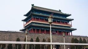 Vista da torre da porta de Zhengyangmen no Pequim fotografia de stock royalty free