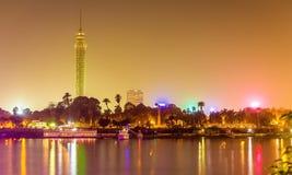 Vista da torre do Cairo na noite Fotografia de Stock