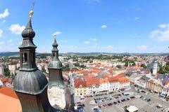 Vista da torre preta, Klatovy, República Checa fotos de stock royalty free