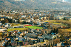 Vista da una parte migliore alla città storica di Salisburgo Una città in Austria occidentale, la capitale dello stato federale d Fotografie Stock Libere da Diritti