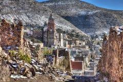 Vista da vila de Real de Catorce, México imagem de stock