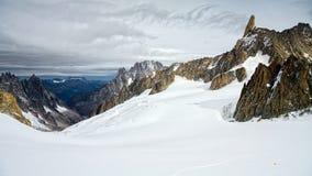Vista dal ` Aosta di Monte Bianco Mont Blanc Valle d Immagine Stock