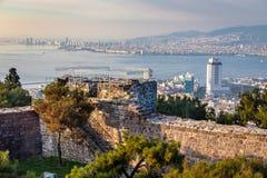 Vista dal castello di Kadifekale, localmente conosciuto come Kadifekale immagini stock libere da diritti