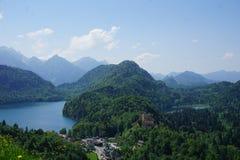 Vista dal castello nel Neuschwanstein fotografia stock