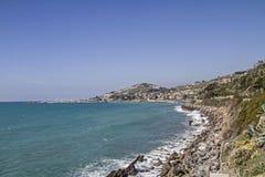 Vista dal costiero ciclabile di parco di Pista Fotografia Stock Libera da Diritti