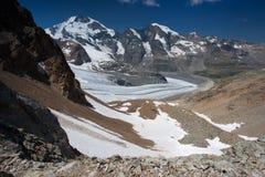 Vista dal Diavolezza alle montagne ed ai ghiacciai Fotografie Stock