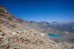 Vista dal Diavolezza alle montagne ed ai ghiacciai Fotografie Stock Libere da Diritti