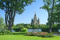 Vista dal giardino sull'isola dell'Olga Fotografia Stock Libera da Diritti
