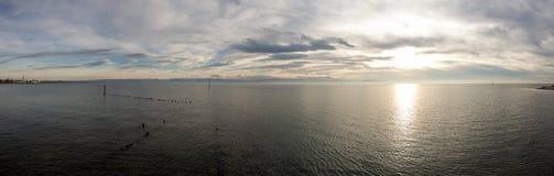 Vista dal lago di Costanza nelle alpi svizzere Immagini Stock