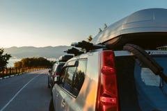 Vista dal lato dell'automobile che trascura viaggio stradale scenico del paesaggio che viaggia dal concetto Gelendzhik dell'autom Fotografia Stock Libera da Diritti
