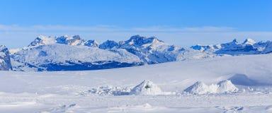 Vista dal Mt Fronalpstock in Svizzera nell'inverno Immagini Stock