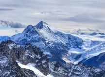 Vista dal Mt Titlis nelle alpi svizzere Fotografia Stock