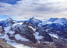 Vista dal Mt Titlis nelle alpi svizzere nell'inverno Fotografie Stock Libere da Diritti