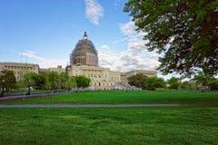 Vista dal parco al Campidoglio degli Stati Uniti Fotografia Stock Libera da Diritti
