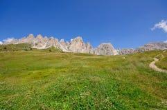 Vista dal passaggio di Gardena - dolomia, Italia Immagine Stock