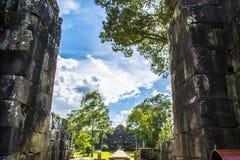 Vista dal tempio di Baphuon Angkor Wat cambodia immagini stock libere da diritti