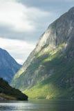 Vista dal villaggio di Gudvangen Immagini Stock Libere da Diritti