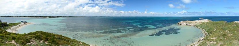 Vista dall'allerta dell'isola del pinguino Parco marino delle isole di Shoalwater Rockingham Australia occidentale Fotografie Stock Libere da Diritti