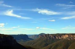 Vista dall'allerta di salto di Govetts, montagne blu Fotografia Stock Libera da Diritti