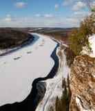 Vista dall'alta montagna sul fiume Sorgente Fotografia Stock Libera da Diritti