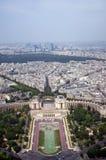 Vista dall'alta torretta, paesaggio urbano di Parigi, Immagine Stock Libera da Diritti