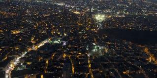 Vista dall'altezza alla notte Costantinopoli Immagine Stock