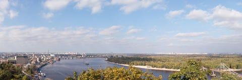 Vista dall'alto lato di Dnipro in Kyiv Fotografia Stock