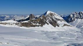 Vista dall'area dello sci del ghiacciaio di Diablerets Fotografia Stock
