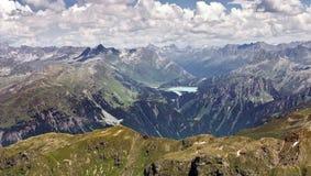 Vista dall'intervallo di montagna di Silvretta Immagine Stock