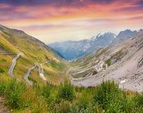 Vista dall'occhio di un uccello di Stelvio High Alpine Road Immagine Stock Libera da Diritti