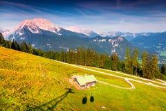 Vista dalla cabina della teleferica sopra il lago Konigsee in alpi tedesche Immagine Stock Libera da Diritti
