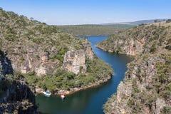 Vista dalla cima del canyon di Furnas - Capitolio - Minas Gerais Fotografia Stock Libera da Diritti