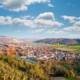 Vista sopra Saale River Valley vicino a Jena, Germania Immagini Stock