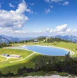 Vista dalla cima Hoess della montagna in Hinterstoder alle alpi austriache Fotografie Stock