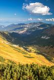 Vista dalla cresta del parco nazionale basso di Tatras in Slovacchia Fotografia Stock