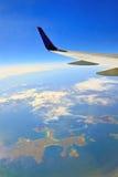 Vista dalla finestra dell'aeroplano fotografia stock