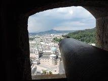 Vista dalla fortificazione di Hohen Salisburgo della città Fotografie Stock Libere da Diritti