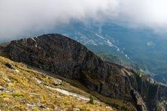 Vista dalla montagna al villaggio Arshan Immagine Stock Libera da Diritti
