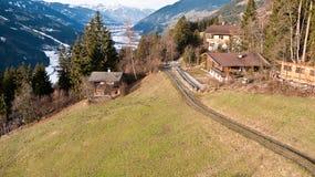Vista dalla montagna alla valle Fotografia Stock