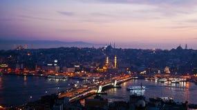 Vista dalla torre di Galata di notte immagine stock libera da diritti