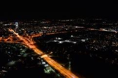 Vista dalla torre di olympa a Monaco di Baviera durante la notte immagine stock