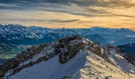 Vista dalle alpi dello svizzero di Lucerna di pilatus del supporto Fotografia Stock