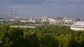 Vista dalle colline del passero, Mosca, Russia La fucilazione dei 23 può 2017 Macchina fotografica statica stock footage