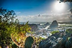 Vista dalle montagne di marmo fotografia stock libera da diritti