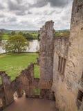Vista dalle pareti del castello, Wiltshire, Inghilterra Fotografie Stock Libere da Diritti